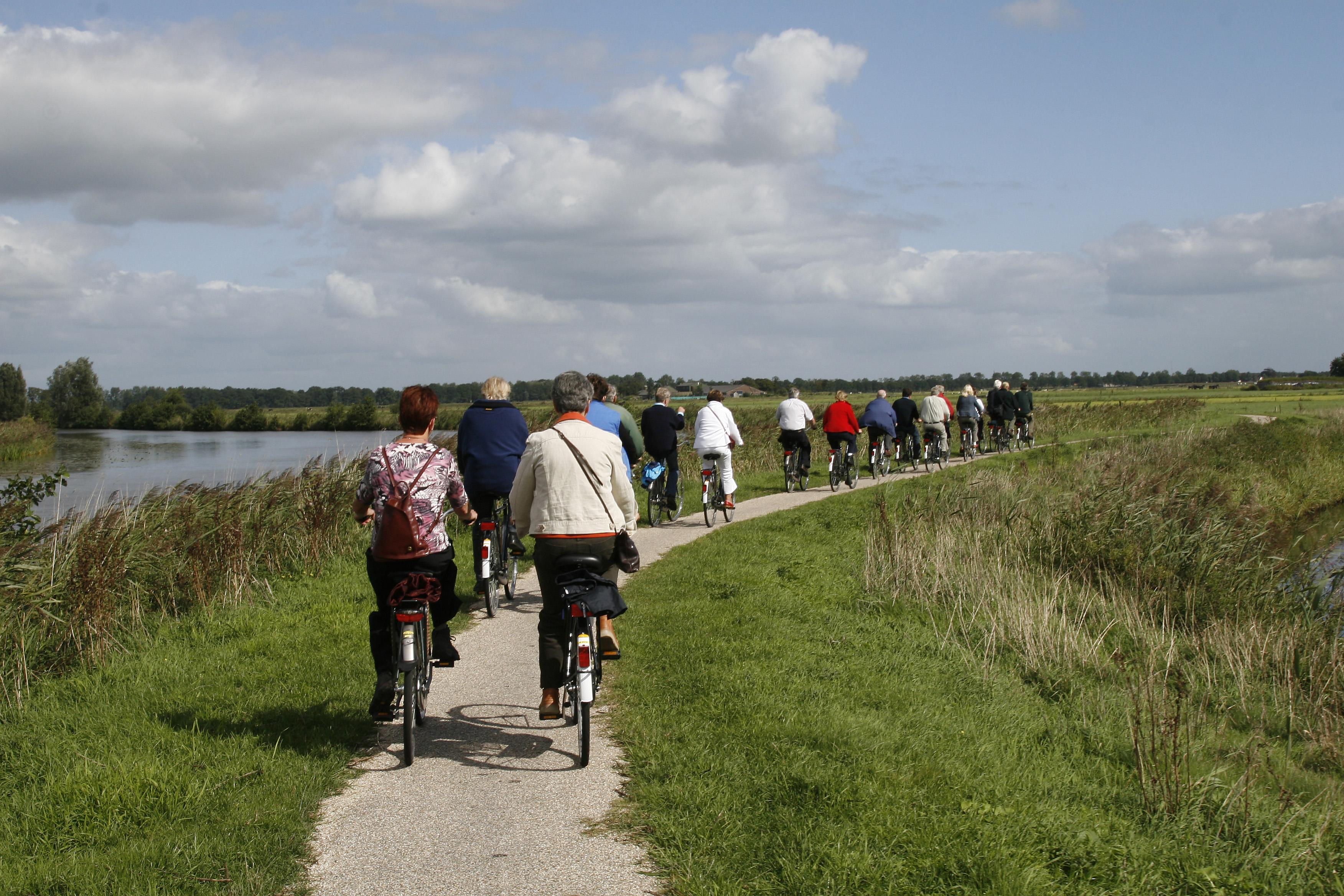 Beleef verhalen uit De Alde Feanen tijdens verhalen-fietstocht